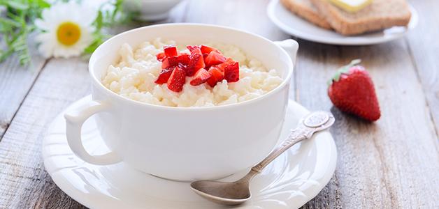 Что приготовить на завтрак: молочная рисовая каша