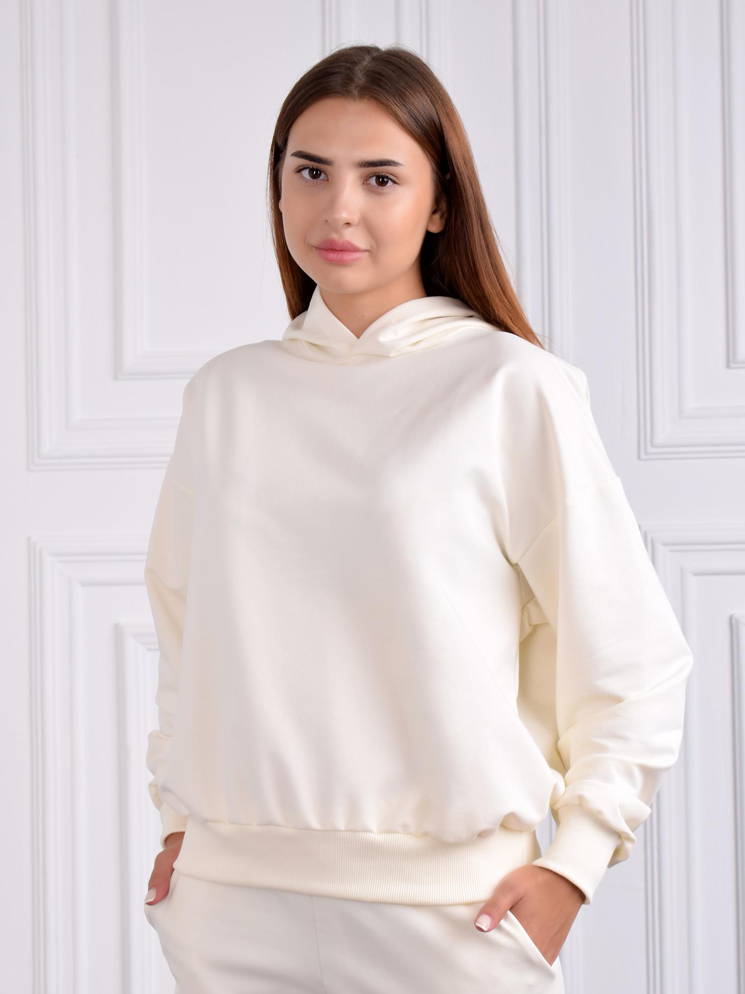 Одежда для дома: толстовка молочного цвета
