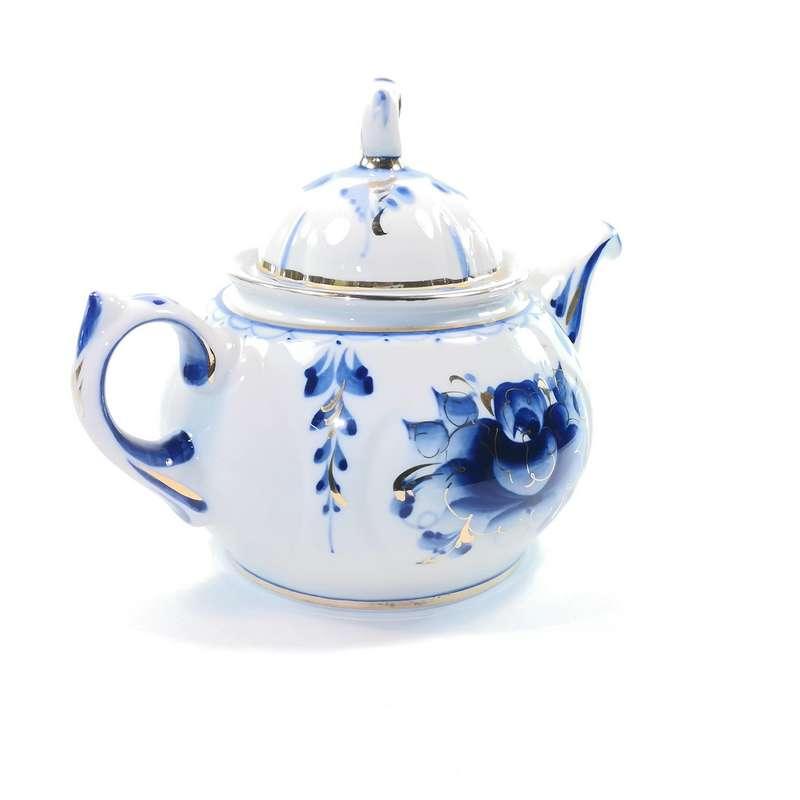 Задушевным друзьям — заварить лучший чай